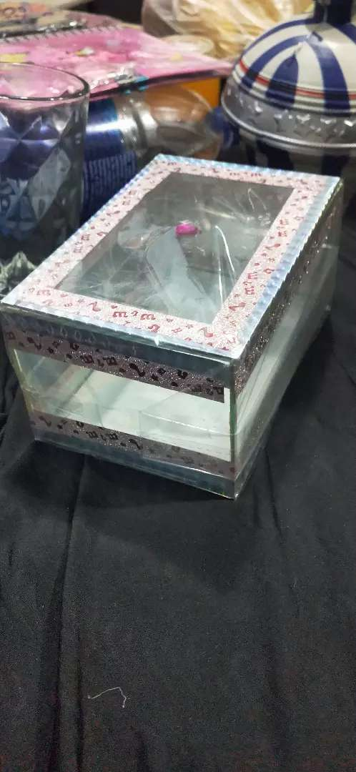 Jewellery and cosmetics box box 0