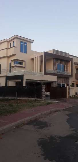 Luxurious 13 marla brand new in bahria intellectual village