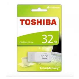 Brand New Toshiba 32 gb Pen drive