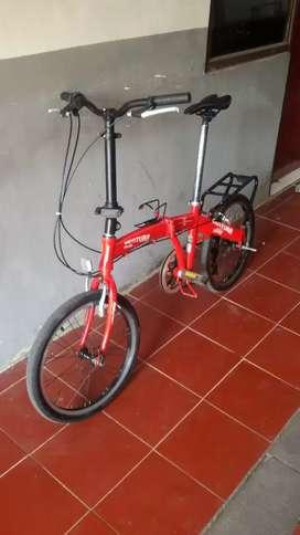 Sepeda lipat ventura