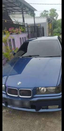 BMW 318i type E36 tahun 1996