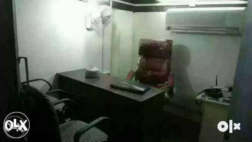 Fully furnished office in Sadar Nagpur 0