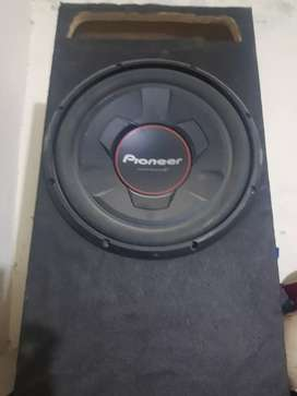 Pioneer full new woofer with full new box