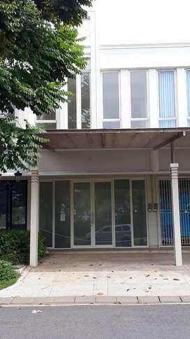 Rumah Bizzhome Pakuwon City Strategis