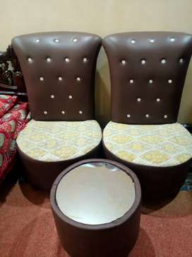 2 coffee chairs plus table
