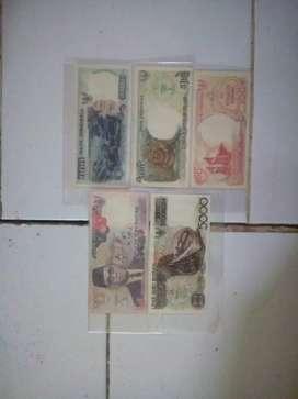 Uang kertas lama satu set mini th 1992