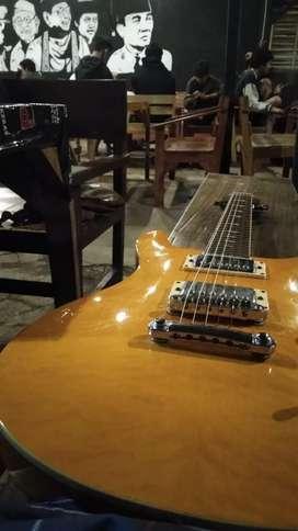 Scorpion guitar cukup mulus