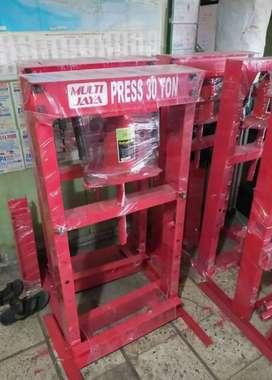 Alat Press 30 Ton Multi Jaya