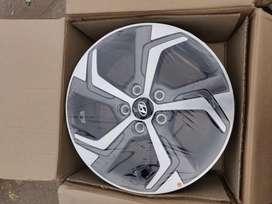 17 inches creta OEM diamond cut stock alloy wheels brand new