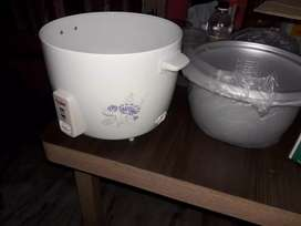 Sealed pack rice cooker