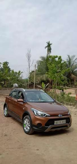 Fully leaded hatchback rear ace etc...i20 active all documents update