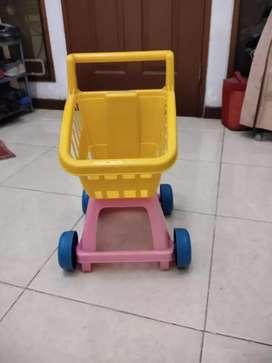 Mainan anak Trolley