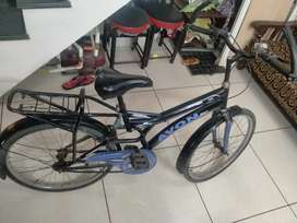 Awon cycle in good condition in black colour