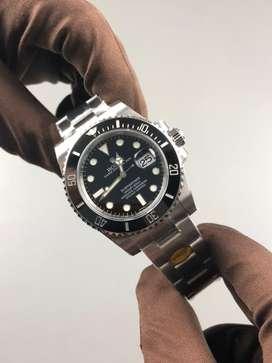 BRAND NEW Rolex Submariner Black 116610 by NOOB V10