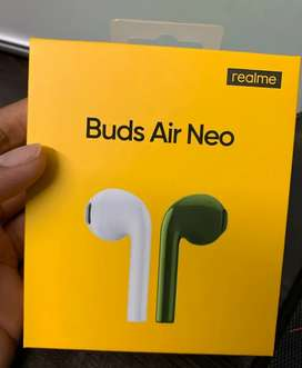 REALME AIR (NEO) LATEST BLUETOOTH WIRELESS BUDS SEALED WITH WARRANTY