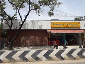Shop space avilable for rent..
