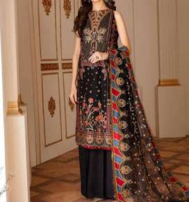 Heavy Full Front Embroidered Lawn Dress with Chiffon Dupatta UnStitche