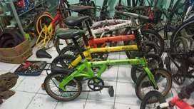 Sepeda Lipat sazis lurus