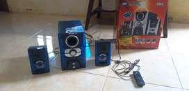 Multi media speaker merk GMC