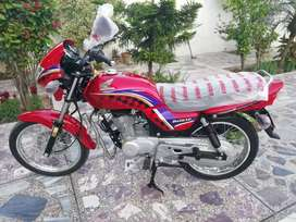 Honda delux 2014 new condition only for delux lover