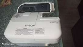 EPSON LCD PROJECTOR (Model : H599A)