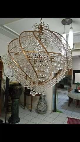 Lampu kristal bulat diameter 150cm tinggi 80cm