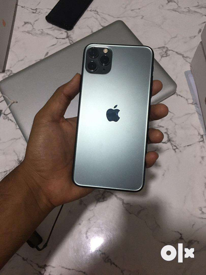 Apple iphone 11 pro max. Midnight color