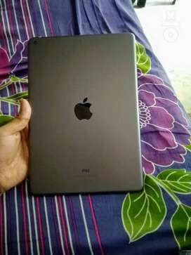 Ipad 7 Gen 32 GB WiFi only *Available till 5 Oct*
