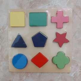 Mainan edukasi anak / puzzle chunky shape / montesssori geometri