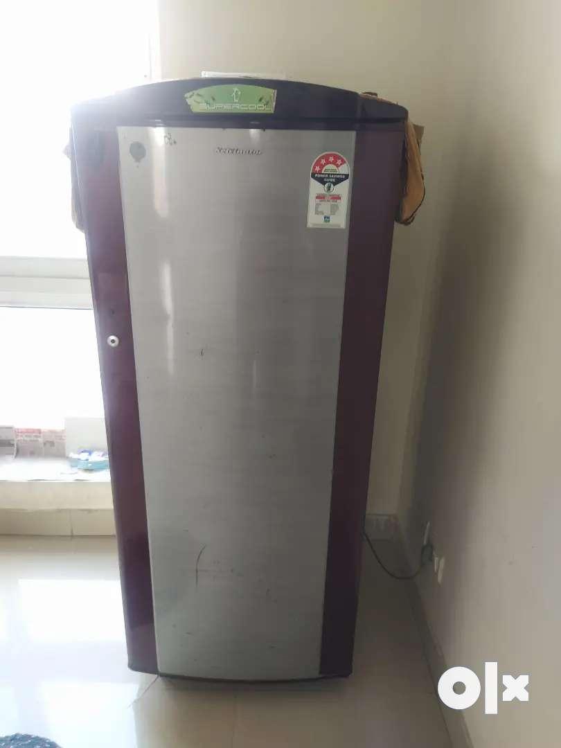 Refrigerator 0