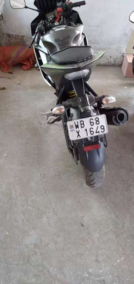 great condition R15 v2 2018 model..want to sell
