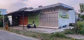Dikontrakkan Kios depan SMP Nurussalam Triyagan Sukoharjo