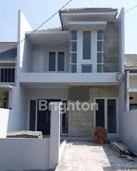 Rumah model minimalist. Kahuripan nirwana sidoarjo. 2lantai, ciamikkkk