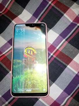 I sell my vivo v9 4ram 64 gb memor display crack but working condition