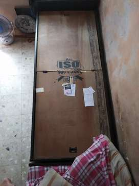 Single bed with partition