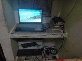 Laptop selling