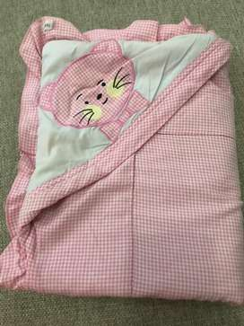 selimut bayi warna pink