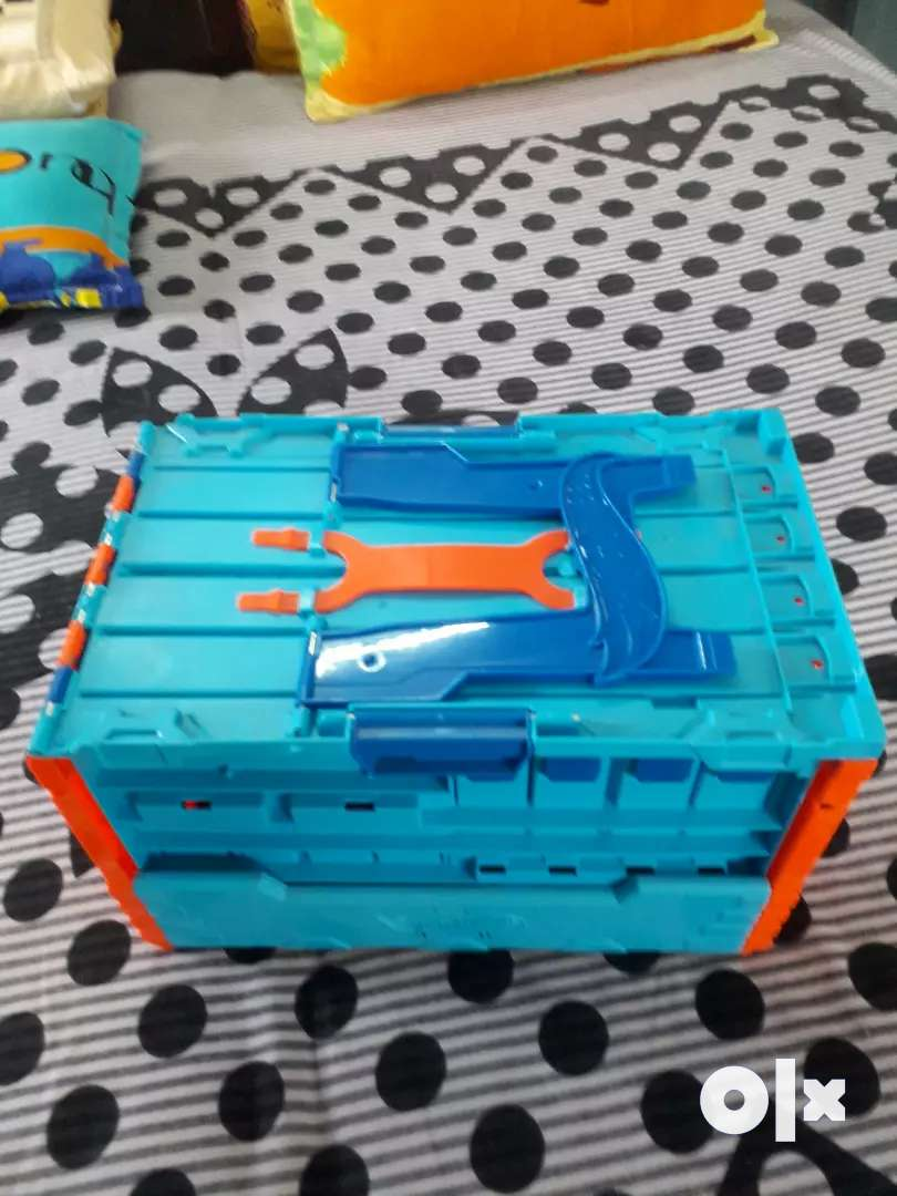 3 in 1 four lane hot wheels track