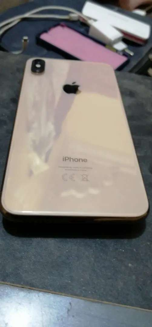 Iphone x max Gold colur 10by10 Candition 256 GB full compleat Saman ha 0