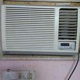 LG MAKE WINDOW AC 1 ton