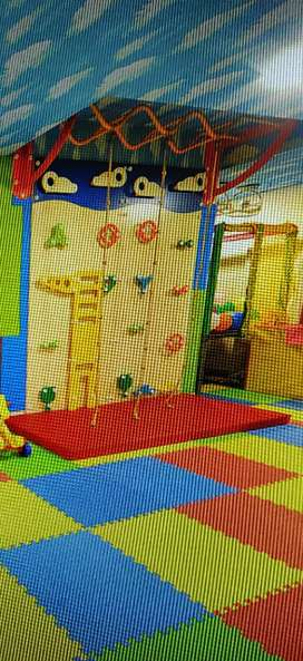 Wall climber for kids