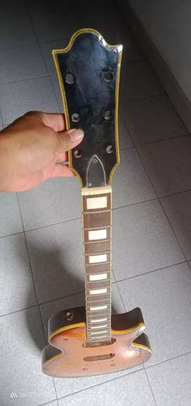 Gitar elektrik second