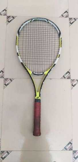 Babolat pulsion 102 tennis raquet