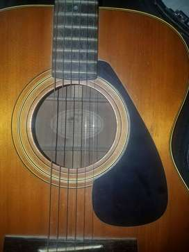Gitar Yamaha FG 331 original.
