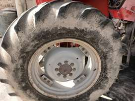 Tractor tire 16.9.30