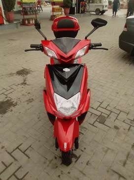 Fully Electric 3 Wheel Scooty. (2021)