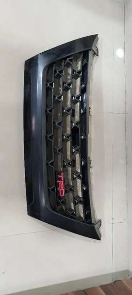 Front grill fortuner