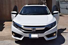 Honda civic 2019 available for rent