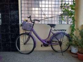 Hero lady cycle