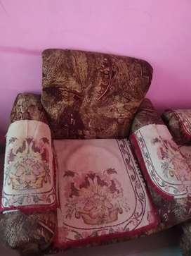 1 set sofa 2 small 1 big